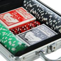 Набор для покера в металическом кейсе (карты 2 колоды, фишки 100 шт, 5 кубиков) 20х20 см
