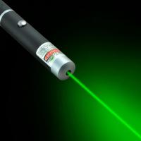 Лазер лазерная указка (зеленый луч, светит до 2 км)